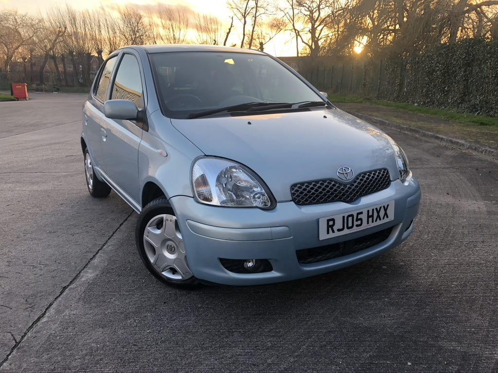 myCar UK - Toyota Yaris 1.0 VVT-i Blue 5dr