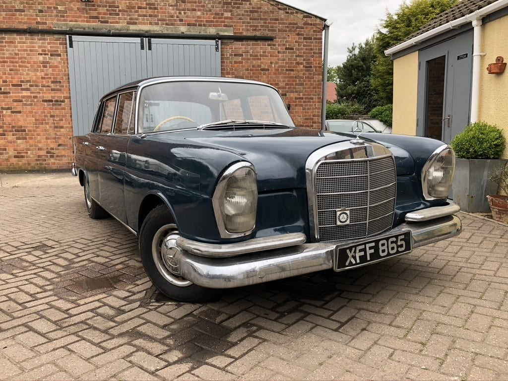 myCar UK - 1962 Mercedes-Benz 220 SE Fintail W111