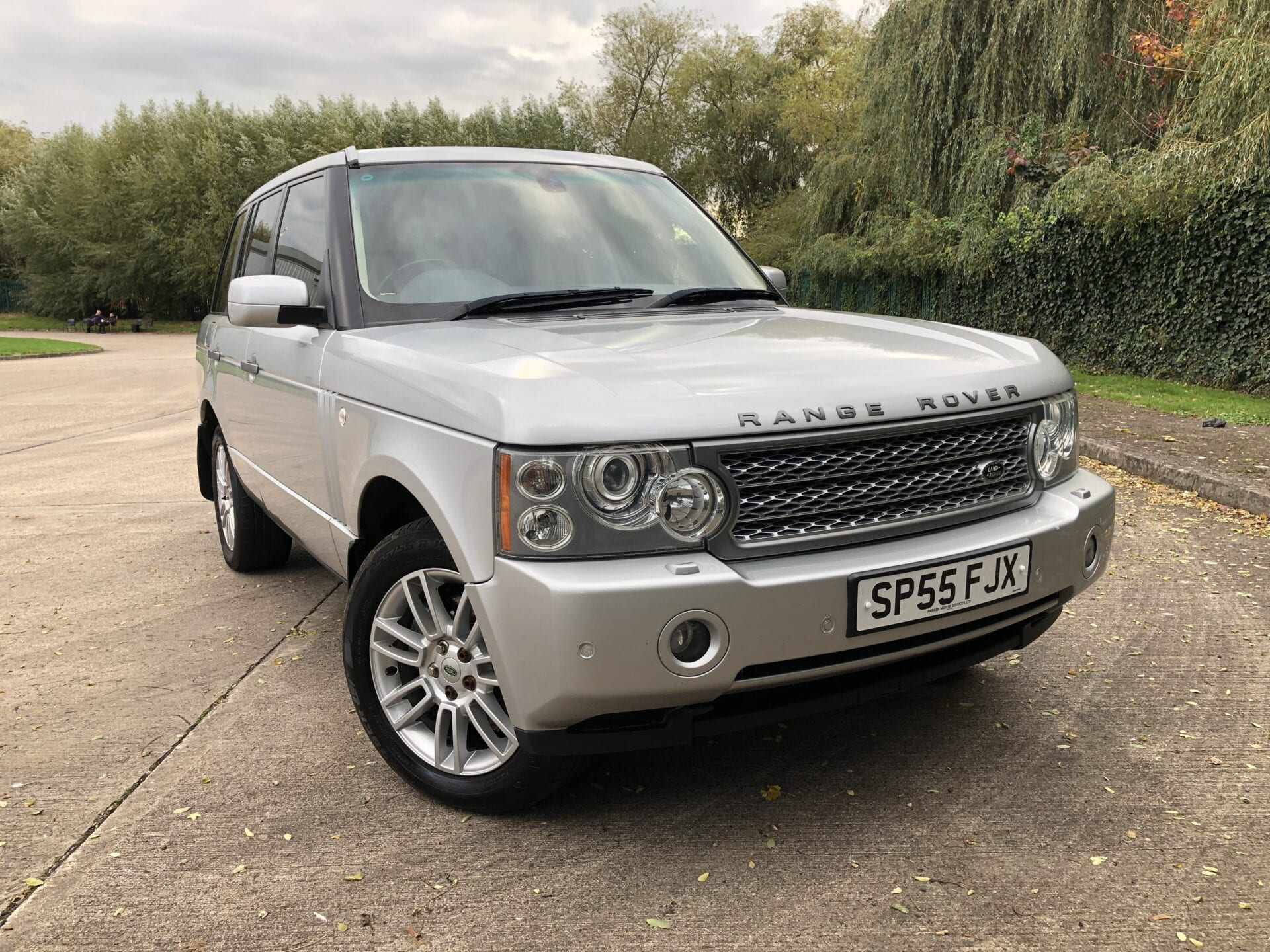 myCar UK - 2005 Land Rover Range Rover 3.0 Td6 Vogue SE